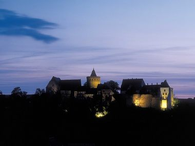 Mildenstein Castle at night