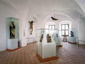 View of the Vaulted Archive, main exhibition area of the sacred sculptures, next to the Chapel